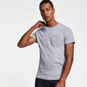 Camiseta con bolsillo lateral 100% algodon de Roly